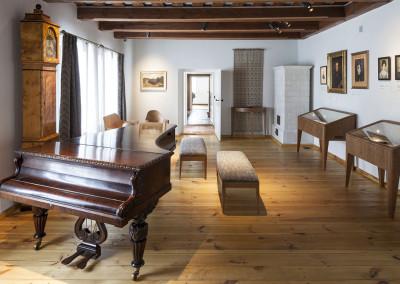 Pokój Muzyczny. Ekspozycja stała w Domu Urodzenia Fryderyka Chopina w Żelazowej Woli (oddział Muzeum Fryderyka Chopina w NIFC). Fot. M. Czechowicz / NIFC.