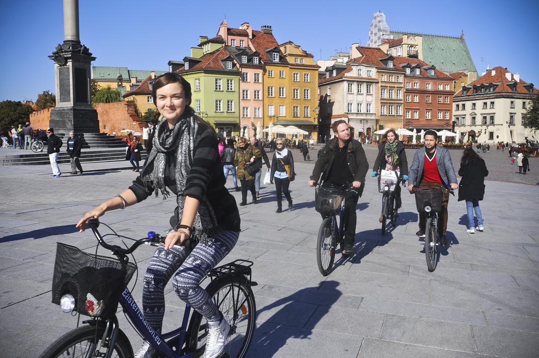 Station Warsaw Tours